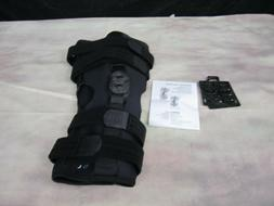 BREG 07004 Roadrunner Hinged Knee Brace Large