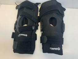 g669 Lot of 2 NEW Breg Knee Brace Clips- Size Med. R/L Knee