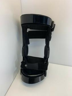 g797-  NEW Breg Hinged Knee Brace Size Medium M Left leg wit